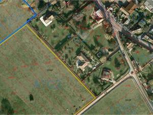 """ÚZEMNO PLÁNOVACIA INFORMÁCIA                                                                                                                                                                                                                                     Legenda:   čiernym - parcely registra """"C""""      žltým - hranice bloku A102 (stavebné pozemky)                                                           červeným - parcely registra """"E""""     modrým - hranice bloku 1202 (poľnohospodársky pozemok)"""
